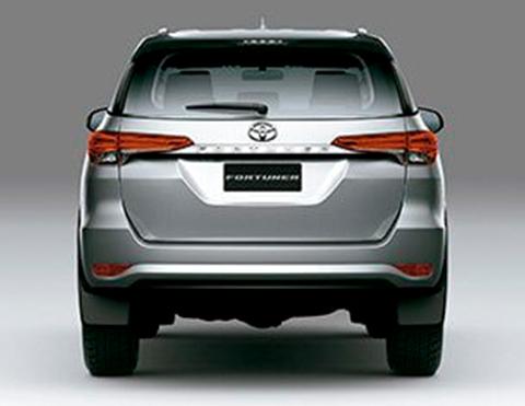 Compuertas de camionetas Toyota Fortuner