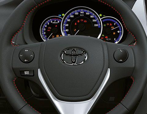 Controles timón Yaris Hatchback