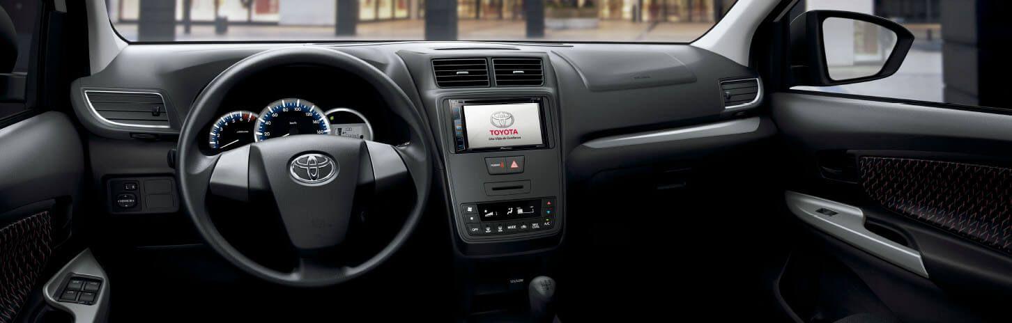Diseño interior automóvil Toyota