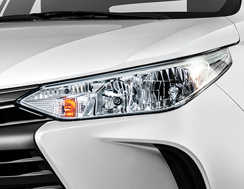 Autos deportivos para la ciudad tipo sedan | Toyota Yaris
