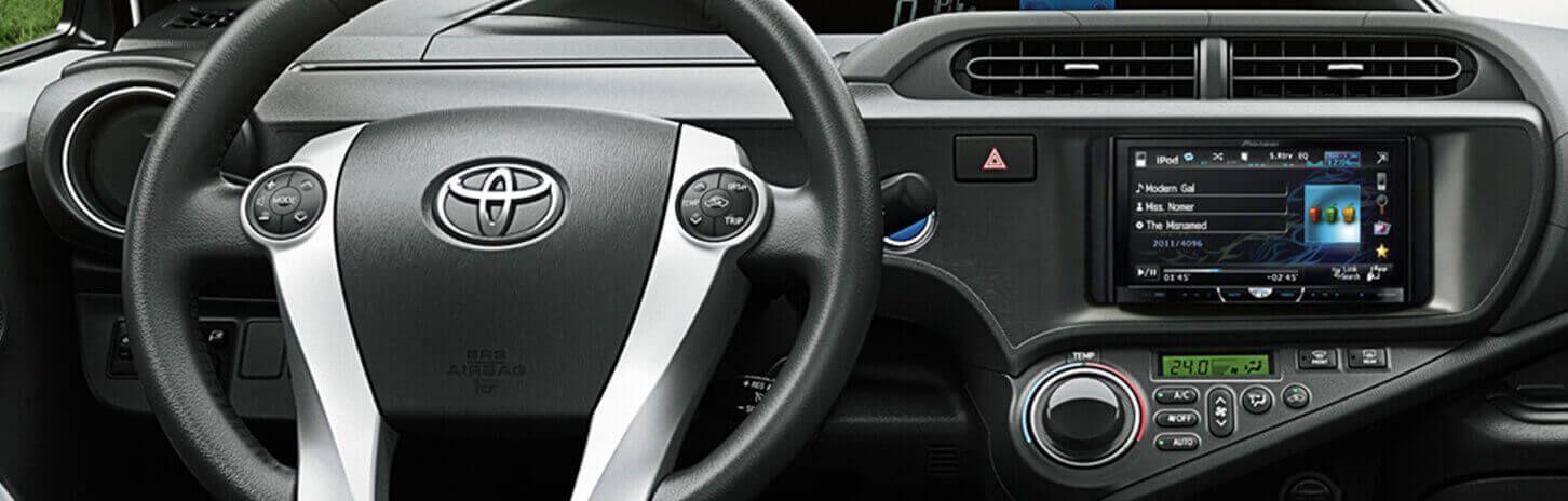 Automóvil Toyota Prius c interior